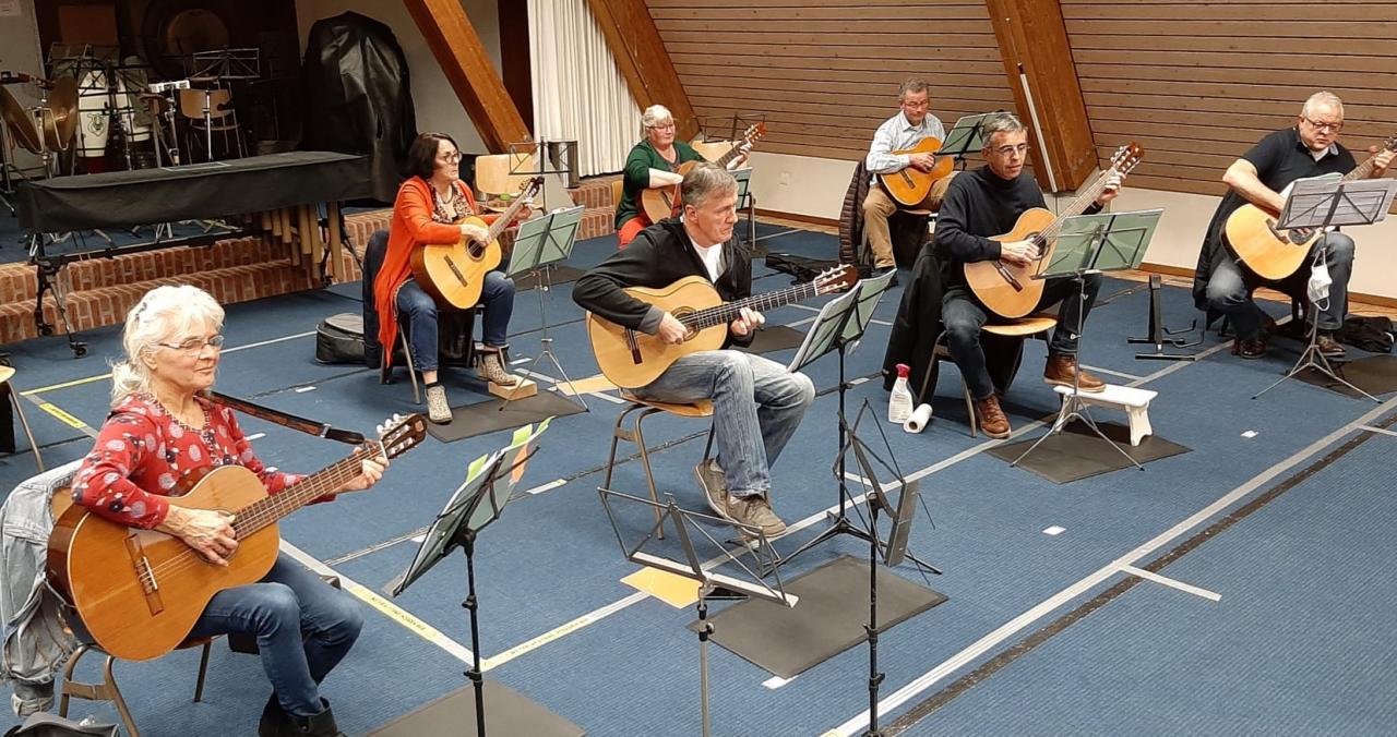Gitaarles Koninklijke Harmonie tijdens corona