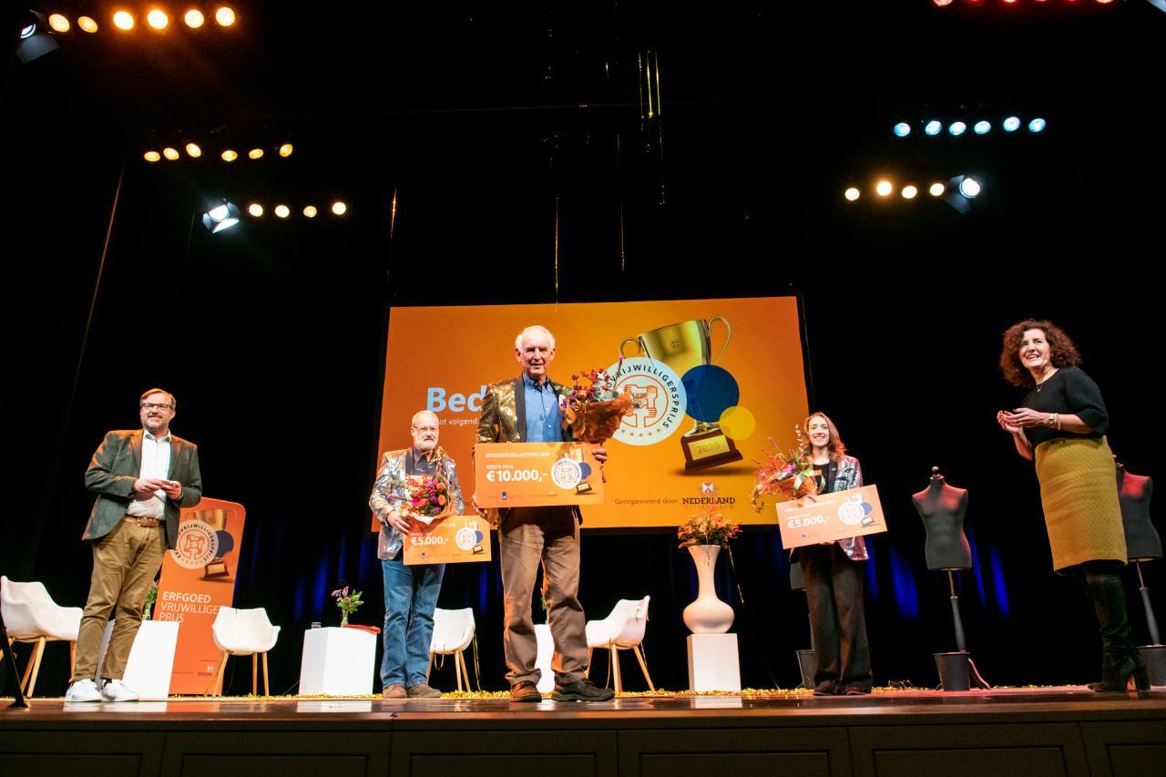 Uitreiking erfgoedvrijwilligersprijs 2020 door minister Ingrid van Engelshoven  C: Maarten Mooijman